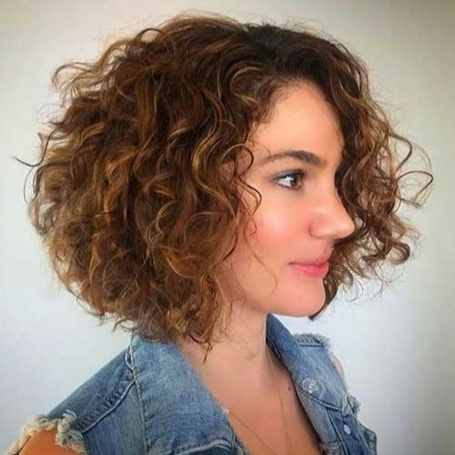 bob haircut curly hair