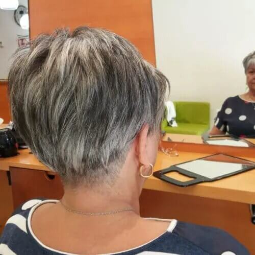 hairstyles for 50 year old ladies