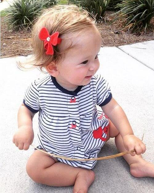 Baby hairstyle with flower