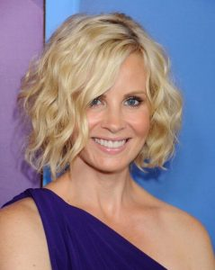 Hairstyles for Women over 50 with fine hair-11