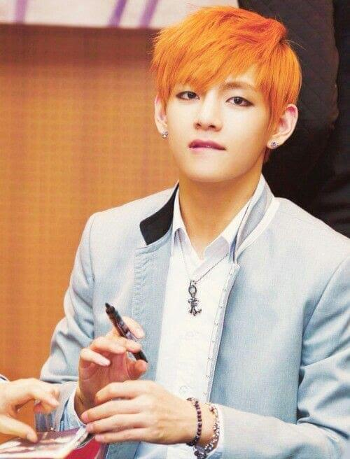 The orange hair of V with side bangs