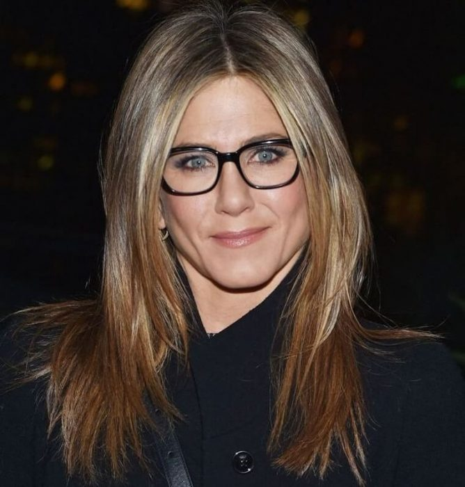 Long hairstyles for women over 50 with glasses